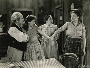 Marjorie Main - George Cleveland, Jean Parker, Sarah Padden, and Marjorie Main in Romance of the Limberlost (1938)