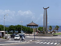 Rond-Point central de Basse-Terre.JPG