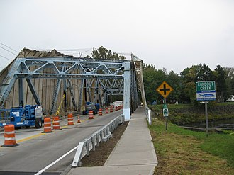 New York State Route 32 - The bridge in Rosendale Village being renovated in 2009