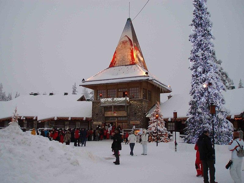 Место обитание Санта Клауса  холодная Лапландия