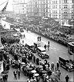 Rudolph Valentino funeral 1926.jpg