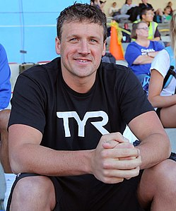 Ryan Lochte before race (42052324064) (cropped).jpg
