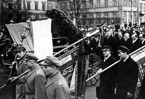 Walery Sławek - Funeral of Walery Sławek on April 5, 1939. Aleksander Prystor can be seen in the back.