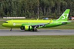 S7 Airlines, VQ-BCR, Airbus A320-271N (44258195412).jpg
