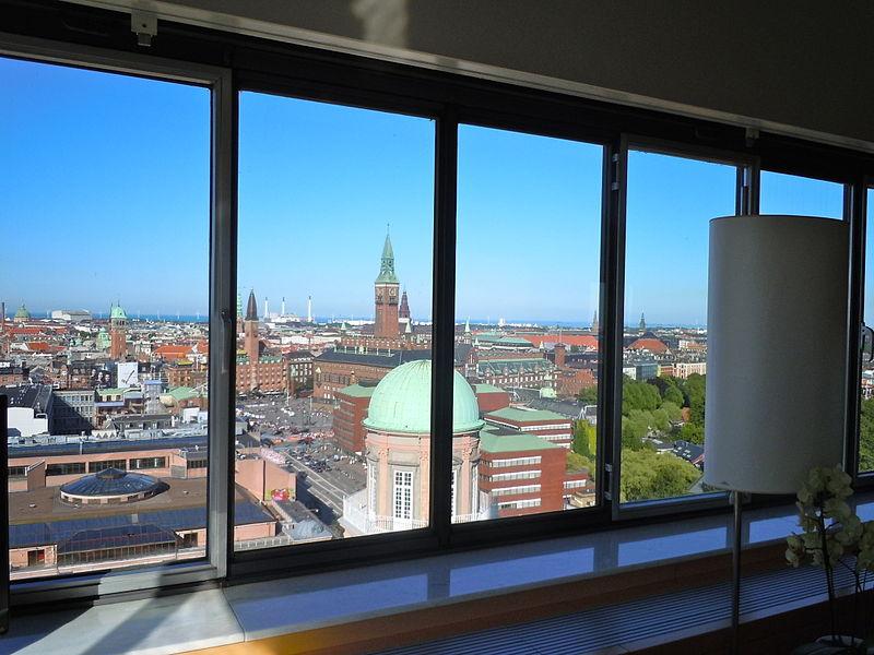 SAS Royal Hotel, City view July 2010.jpg