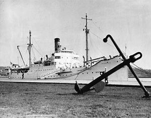 Golden Bear (ship) - TS Golden State at Washington Navy Yard, 7 April 1932