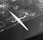 SZD-32 Foka-5 vitorlázó repülőgép. A háttérben Surány, a Szentendrei szigeten. Fortepan 9036.jpg