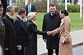 Saeimas priekšsēdētāja piedalās Zviedrijas kroņprinceses un prinča oficiālajā sagaidīšanas ceremonijā (41693106852).jpg