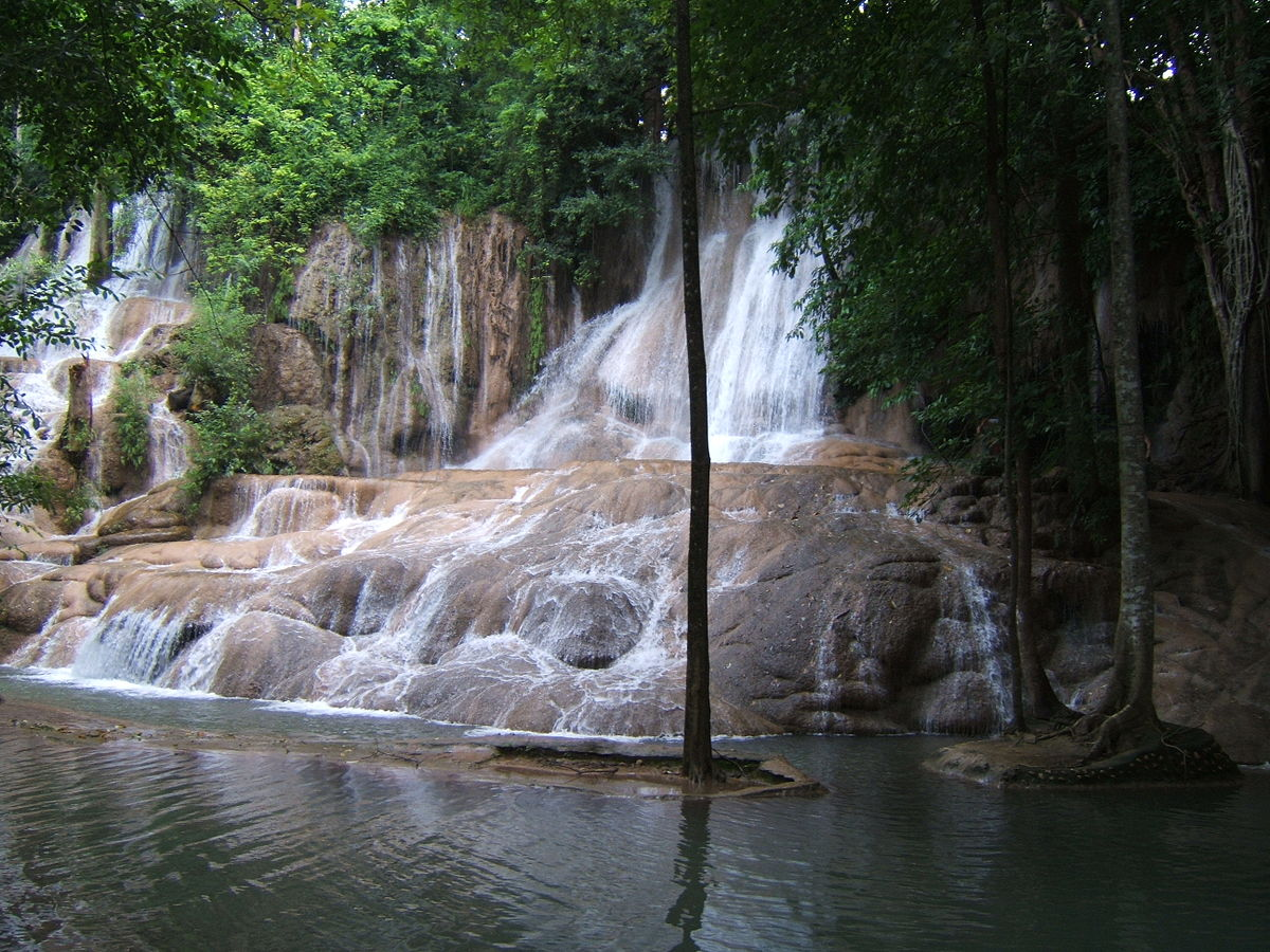 Sai Yok Noi Waterfall - Wikipedia
