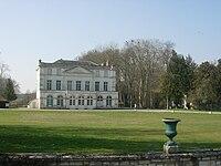 Sainte-Maure château MARS 2011 (1).JPG