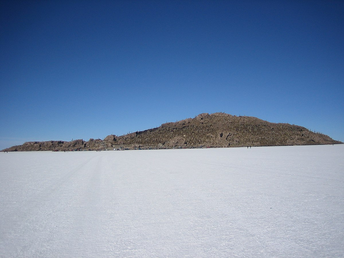 In And Out Prices >> Salar de Uyuni – Travel guide at Wikivoyage