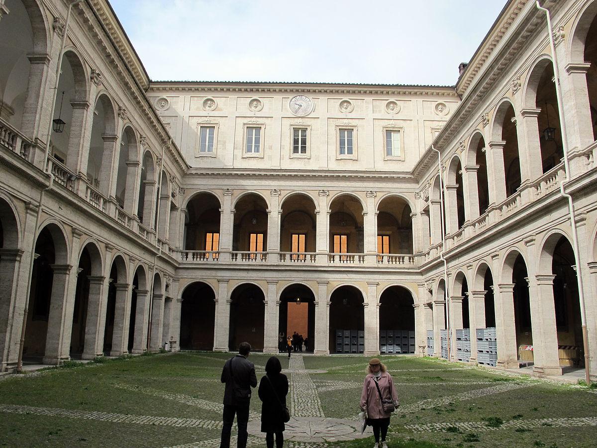 Palazzo della sapienza wikipedia for Piani sud ovest della casa con cortile