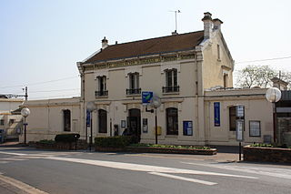 Savigny-sur-Orge (Paris RER) railway station in Savigny-sur-Orge, France