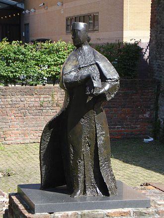 1001 Vrouwen uit de Nederlandse geschiedenis - Image: Schiedam kunstwerk vrouwe aleida