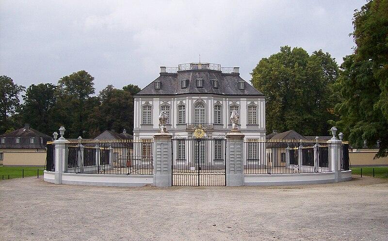 Schloss Falkenlust