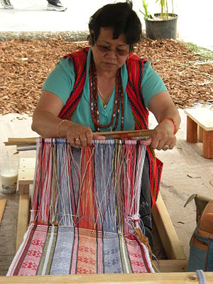 Weavers as part of Pagdiriwang Philippine Fest...