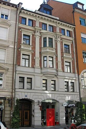 Sendlinger Straße - Sendlinger Str. 43: New renaissance construction