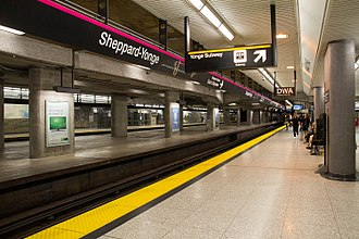 Sheppard–Yonge station - The roughed-in centre platform to be potentially used as a Spanish solution