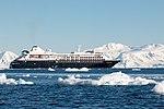 Silversea Silver Cloud Wilhelmina Bay Antarctica 3 (40371427053).jpg