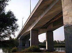 Soroksári M0-ás Duna híd.jpg