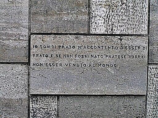 Spazzavento, lapide sul Mausoleo di Malaparte