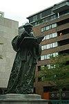 Standbeeld van Erasmus: Bronzen standbeeld, door Hendrick de Keijser