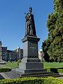 Statue of Queen Victoria, Victoria, Canada 02.jpg