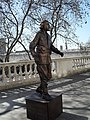 Statue opposite Somerset House - geograph.org.uk - 1802242.jpg