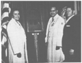 Sterling and Yalow receiving Middleton Award 1973.png