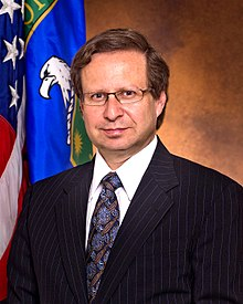 Official portrait of Steven E. Koonin, former Under Secretary for Science, U.S. Department of Energy