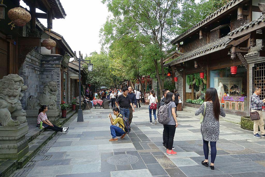 Street scene - Kuanzhai Alleys - Chengdu, China - DSC05311.jpg