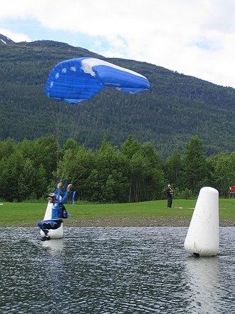 Ekstremsportveko - Parachuter at Ekstremsportveko 2005