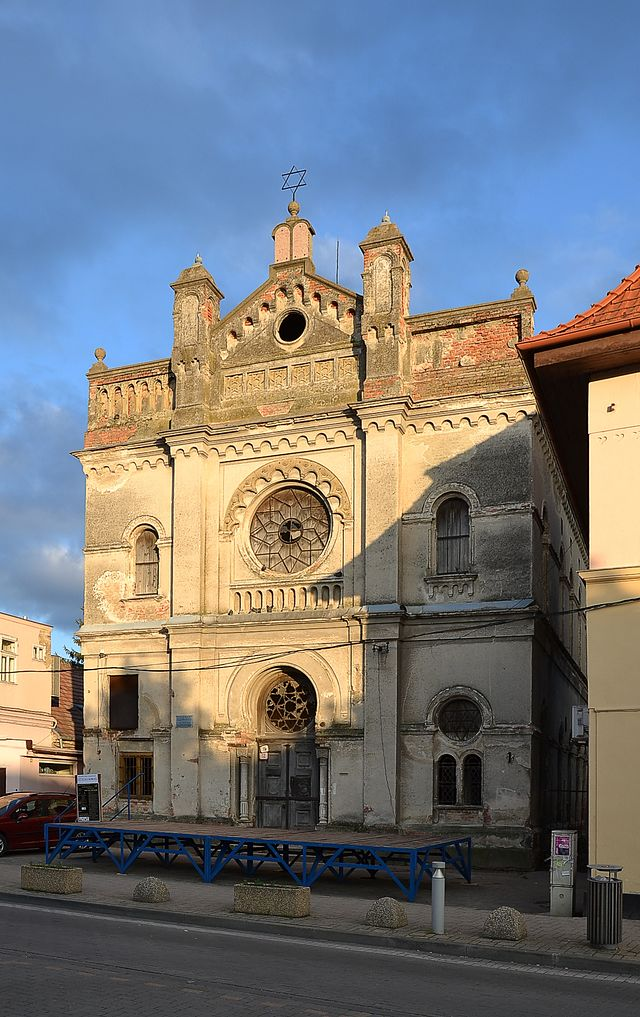 Bildergebnis für senec synagoga marcin szala