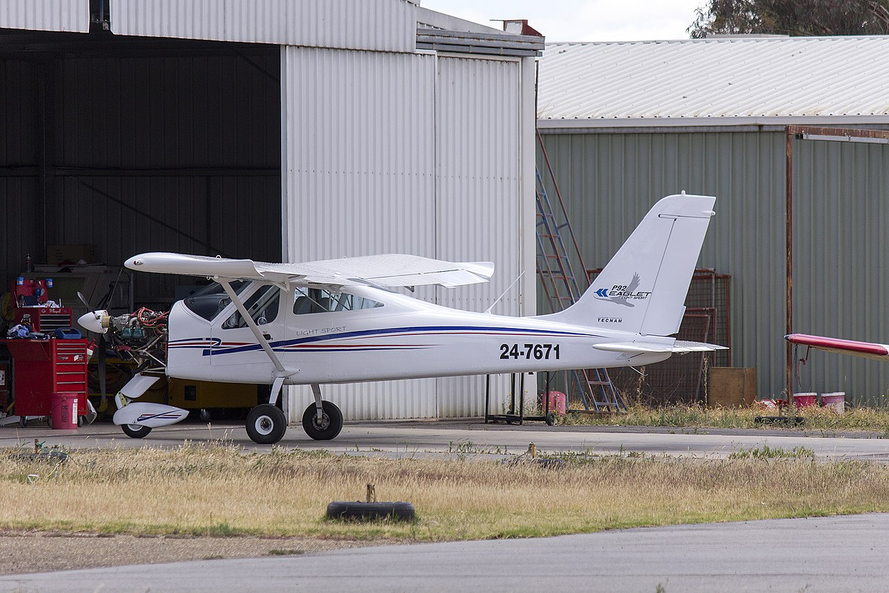 File:TECNAM P92 Eaglet (24-7671) parked in the general aviation area at  Wagga Wagga Airport.jpg