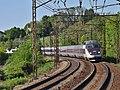 TGV Annecy-Paris à Viviers-du-Lac (mai 2016).jpg