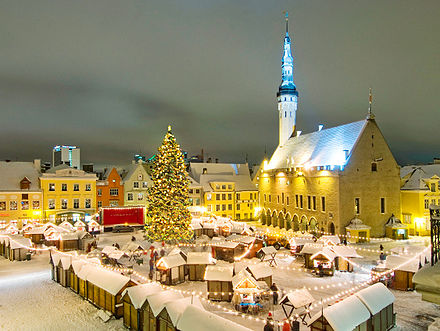 A Christmas market at the Town Hall square Tallinn christmas market.jpeg
