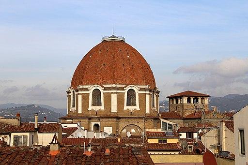Basilica di San Lorenzo, Le cappelle medicee, la Sagrestia Nuova