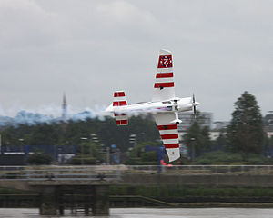 That much above the Thames - Flickr - exfordy.jpg