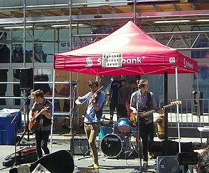 Buskerfest - Image: The 'Bearded Gypsies' perform at Buskerfest, 2014 08 24 a (cropped)