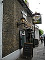 The Dove, Hammersmith 01.JPG