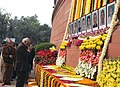 The Leader of Opposition in Lok Sabha, Shri L.K. Advani paying homage to the martyrs of the Parliament attack, in New Delhi on December 13, 2009.jpg