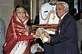 The President, Smt. Pratibha Devisingh Patil presenting the Padma Bhushan Award to Shri B. Muthuraman, at an Investiture Ceremony-II, at Rashtrapati Bhavan, in New Delhi on April 04, 2012.jpg