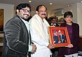 The Union Minister for Urban Development, Housing and Urban Poverty Alleviation and Parliamentary Affairs, Shri M. Venkaiah Naidu presenting a memento to the US Secretary of Commerce, Ms. Penny Pritzker.jpg