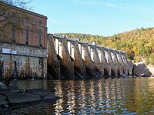 Lake Tillery - Image: Tillery Dam