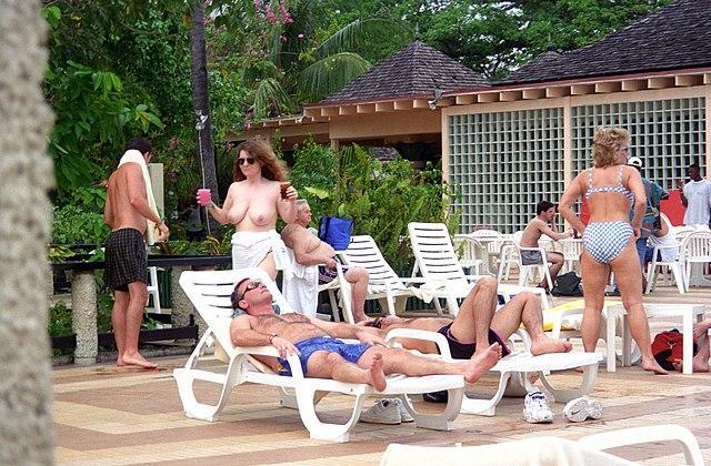 Yes please swinger resort in maroco male that