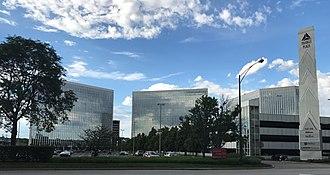 O'Hare, Chicago - The Triangle Plaza corporate complex