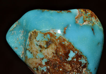 A slab of turquoise Turquoise polie 1 (USA).jpg
