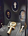 Tutankhamun Treasure in Paris 001.jpg