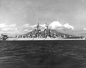 USS Dayton (CL-105) - Image: USS Dayton (CL 105) at anchor off Naples, Italy, in the fall of 1947 (NH 98823)