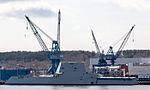 USS Zumwalt (13081689514).jpg